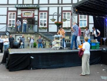 2011-05-22 Lüchow Spargelsonntag nami 016 Spargelschälwettbewerb