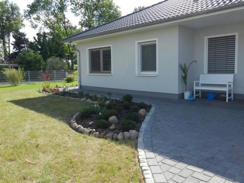 2011-05-24-LchowSss-Garten.jpg