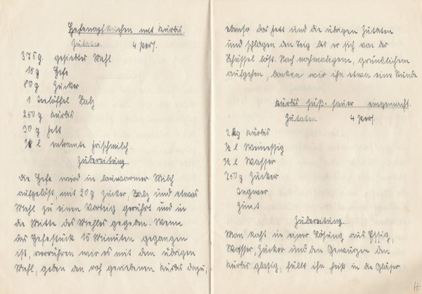"""Der Kürbiskuchen """"Hefe-Napfkuchen mit Kürbis""""    Veröffentlicht am 2011/10/01 von puzzle ❀"""