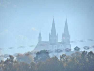2011-10-23 Urlaub 479 Rückreisetag2 morgens Schirgiswalde Kirche