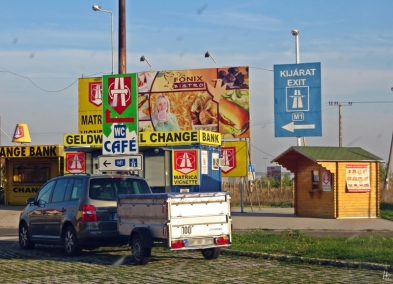 2013-10-08 Ungarn_Grenze_Hegyeshalom (40)