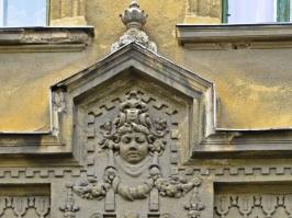 Detail an einem Haus in der Híd utca