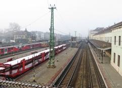 2014-02-18 Györ_Ung morgens (16) Brücke am Bahnhof