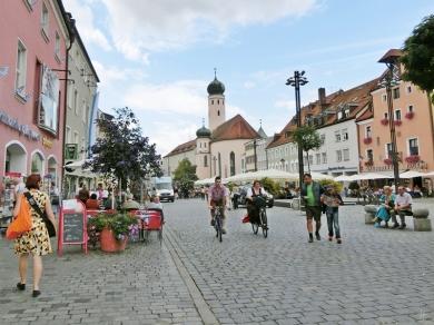 2014-08-12 Straubing 448 Theresienplatz+Jesuitenkolleg
