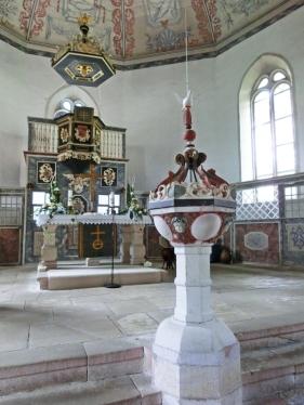 2014-08-13 Floh-Seligenthal (Thüringen ) 17 Floh Altarraum+Kanzel