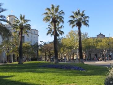 an der Plaça del Portal de la Pau
