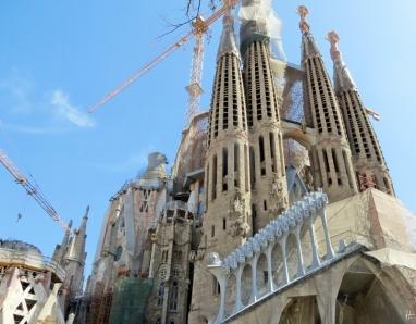 2015-04-10 Barcelona IMG_2092 La Sagrada Familia Baustelle gross+Jesus Nazarenu