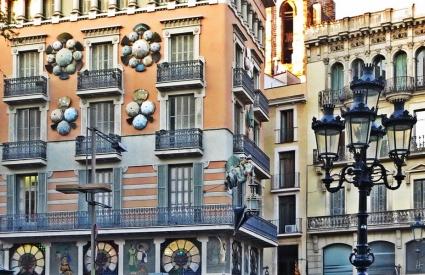 2015-04-09 Barcelona IMG_1947 Barri Gòtic Schirme Casa Bruno Quadros (La casa de los paraguas) Josep Vilaseca