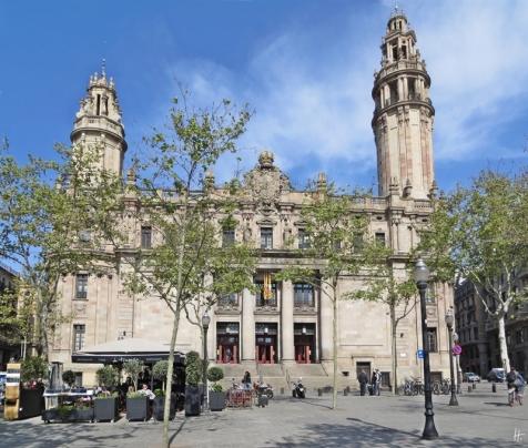 2015-04-11 Barcelona IMG_2231 10h57 Plaça d'Antonio López &Hauptpost