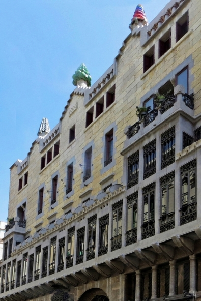 2015-04-11 Barcelona IMG_2416_S2 13h55 El Raval Palau Güell
