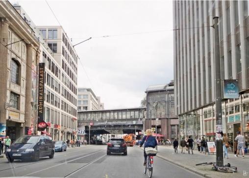 2015-07-27 BERLIN-Tage 073S Bhf Friedrichstrasse Admiralspalast