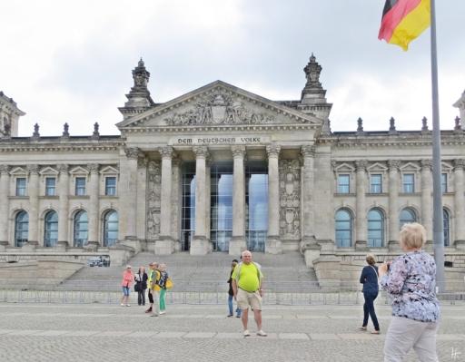 2015-07-28 BERLIN-Tage 259 Reichstag Platz der Republik