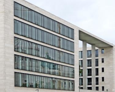 2015-07-28 BERLIN-Tage 307S Mitte Neues Auswärtiges Amt am Werderschen Markt
