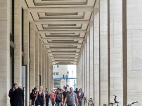 2015-07-28 BERLIN-Tage 442S Mitte Friedrichstrasse Passage