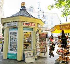2015-07-29 BERLIN-Tage 583 Kurfürstendamm-Uhlandstrasse Kiosk