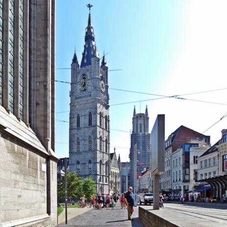 2015-08-22 2_Gent_10_3 zw StNiklaaskerk+StBaafs (1) Cataloniëstraat m Belfort+Sint-Baafs