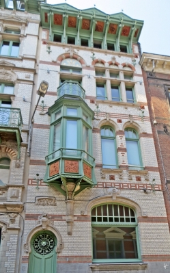 2015-08-22 2_Gent_15 Biezekapelstraat (2) Eckhaus Anno 1901