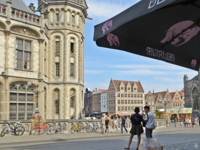 2015-08-23 3_Gent_14 Sint-Michielshelling (21) Mittagspause gg Altes Postamt
