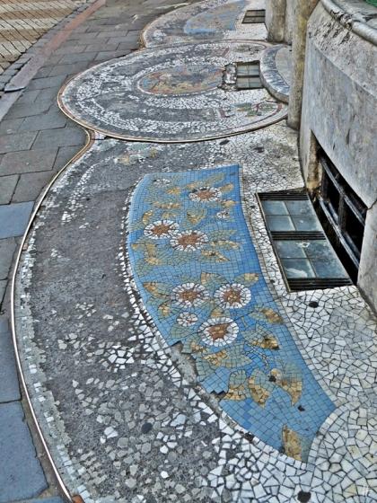 2015-08-23 3_Gent_8 Sint-Pietersnieuwstraat (16) Teppich-Mosaik Geschäftshaus-Ecke Bagattenstraat