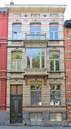 2015-08-23 3_Gent_9 Verlorenkost (1) Hausfassade mit Ziegelintarsien in Blau und Rot