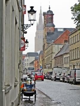 2015-08-24 4_Brügge_9 Katelijnestraat (16) OLV+RodeNonnenv1845