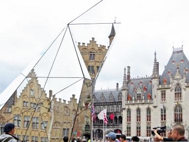2015-08-24 4_Brügge_14 Grote Markt (37) Provinciaal Hof+Diamondscope
