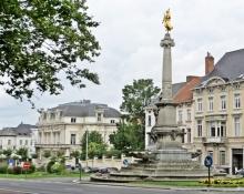 2015-08-25 5_Gent_4 Stadtring-Citadelpark (4) Charles de Kerchovelaan + Säule (Hippolyte Leroy& Achille Marchand)