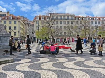 2016-03-30 Lissabon (Portugal) Tag 2-18 (12) Rossio - Praça Dom Pedro IV mit Musikern