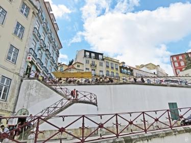 2016-03-30 Lissabon (Portugal) Tag 2-19 treppauf ins Bairro Alto (2) Calçada do Carmo