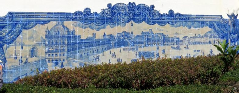 2016-03-30 Lissabon (Portugal) Tag 2-8 Jardim Júlio Castilho (11B) Azulejos-Bild an der Wand der Igreja de Santa Luzia