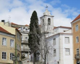 2016-03-30 Lissabon (Portugal) Tag 2-8 Jardim Júlio Castilho (5) Igreja de Santiago