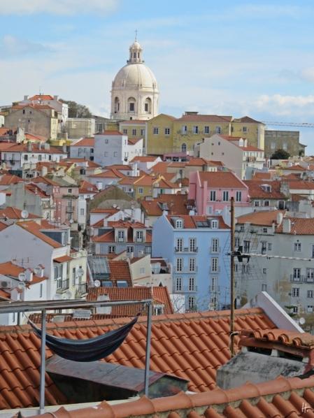 2016-03-30 Lissabon (Portugal) Tag 2-8 Jardim Júlio Castilho (6) Blick vom 'Balkon' mit Kuppel des Pantheon (Panteão Nacional)