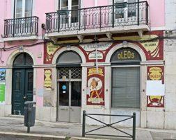 2016-03-31 Lissabon (Portugal) Tag 3-3 (21) Rua da Boavista 160 Oleos