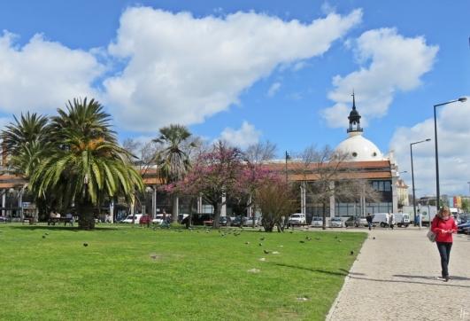 2016-03-31 Lissabon (Portugal) Tag 3-28 Mercado da Ribeira + Praça Dom Luís (10)
