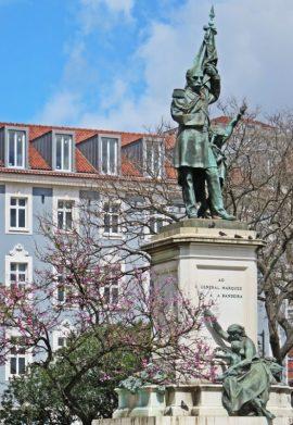 2016-03-31 Lissabon (Portugal) Tag 3-28 Praça Dom Luís (9) Bernardo de Sá Nogueira de Figueiredo, General Marquês Sá da Bandeira