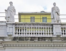 2016-03-31 Lissabon Tag 3-35 Largo da Academia Nacional de Belas Art (3)