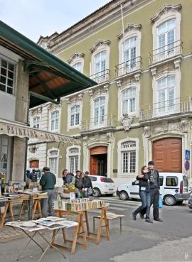2016-04-02 Lissabon (Portugal) Tag 5-1 Feira da Ladra - Flohmarkt (22) Painting+Old Photos