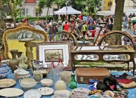 2016-04-02 Lissabon (Portugal) Tag 5-1 Feira da Ladra - Flohmarkt (39A) Hündchen