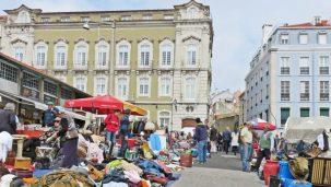 2016-04-02 Lissabon (Portugal) Tag 5-1 Feira da Ladra - Flohmarkt (59) Rinderkopf