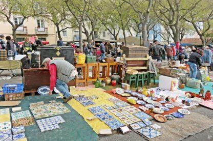 2016-04-02 Lissabon (Portugal) Tag 5-1 Feira da Ladra - Flohmarkt (7A) Azulejos - Fliesen zweifelhafter Herkunft