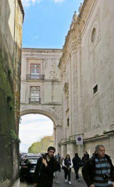2016-04-02 Lissabon (Portugal) Tag 5-2 Alfama (1) Arco Grande de Cima