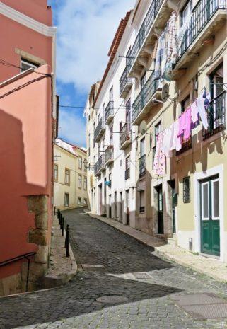 2016-04-02 Lissabon (Portugal) Tag 5-2 Alfama (12A) Rua de Guilherme Braga