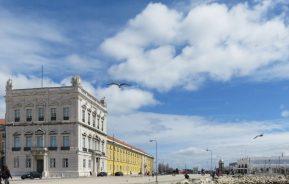 2016-04-02 Lissabon (Portugal) Tag 5-4 Praça do Comércio (11) Avenida Infante Dom Henrique + Terreiro do Paço