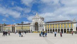 2016-04-02 Lissabon (Portugal) Tag 5-4 Praça do Comércio (6) mit Arco da Rua Augusta