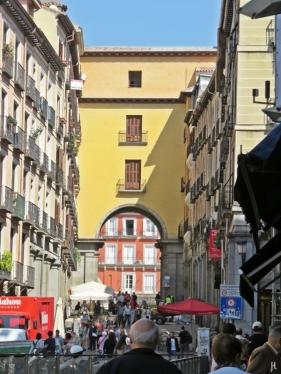 2017-04-11_11 MADRID-Urlaub (145) Calle de Toledo - El Arco de Cofreros