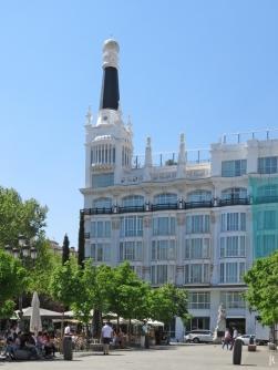 2017-04-11_15 MADRID-Urlaub (250) Plaza de Santa Ana - Edificio Simeón (Hotel ME Madrid Reina Victoria)