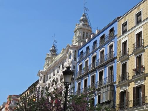 2017-04-11_17 MADRID-Urlaub (291) Calle Mayor mit Edificio de la Compañía Colonial