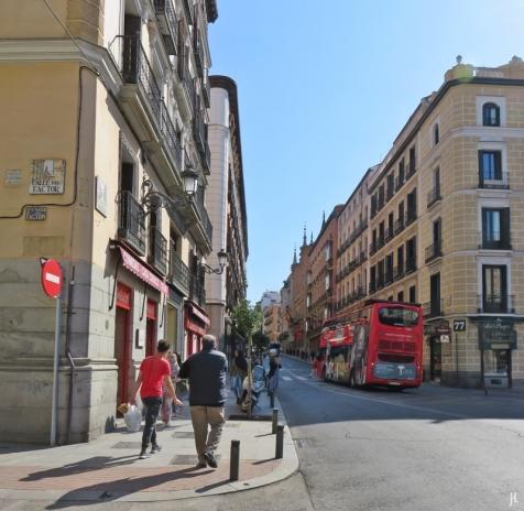 2017-04-11_8 MADRID-Urlaub (94) Ecke Calle del Factor mit Calle Mayor