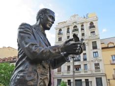 2017-04-11_20 MADRID-Urlaub (400) Plaza de Santa Ana - Statue des Dichters Federico García Lorca