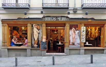 Calle de Espoz y Mina - das ist eine Strasse mit einer Vielfalt verschiedenster Bars und Restaurants; dies sind die 'Bodegas Melibea'